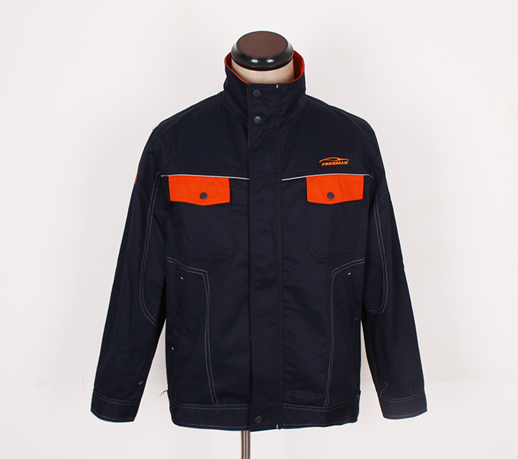 定做工作服厂家如何定做出展示企业文化的服装-廊坊订做工服厂